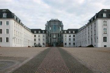 2560px-Saarbruecken_Schloss_5